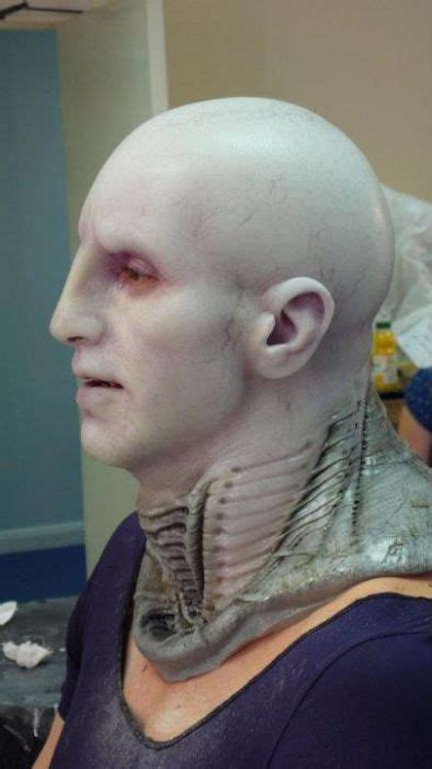 """The Making of an Engineer from """"Prometheus"""" (23 pics"""