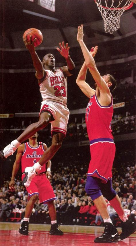 Top 10 Tallest NBA Players In History