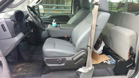 Ford Bench Seat Replacement   1999 - 2010 Super Duty with