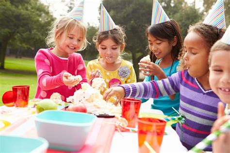Kids' Picnic & Games Parties in Central Park