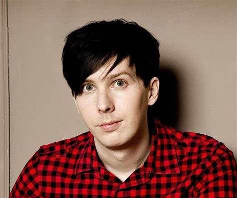 Phil Lester - Bio, Facts, Family Life of British YouTuber