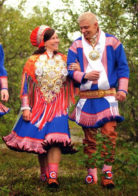 FolkCostume&Embroidery: Short Overview of Traditional